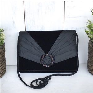 Vintage La Regale black velvet beaded satin clutch